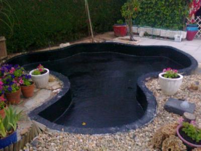 Revestimiento de estanques con prfv jardines de for Estanque de cemento paso a paso